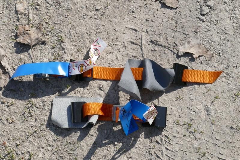 Sangles de secours pour toit électrique L1000210