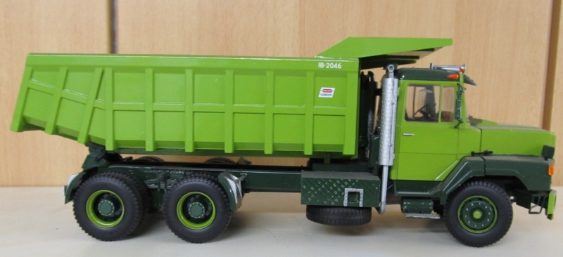 Kenworth W900 Dump Truck (Revell 07406) Maßstab 1 zu 25 Daf_nt13