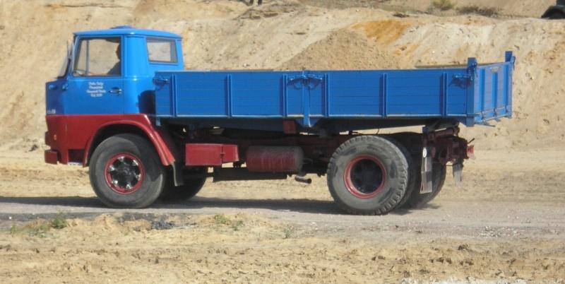 Alte LKW Neu-110