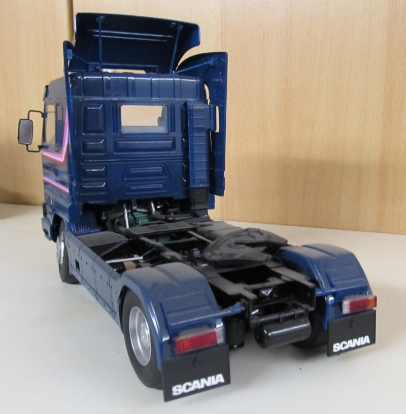 Scania-Modelle in 1 zu 24 Scania24