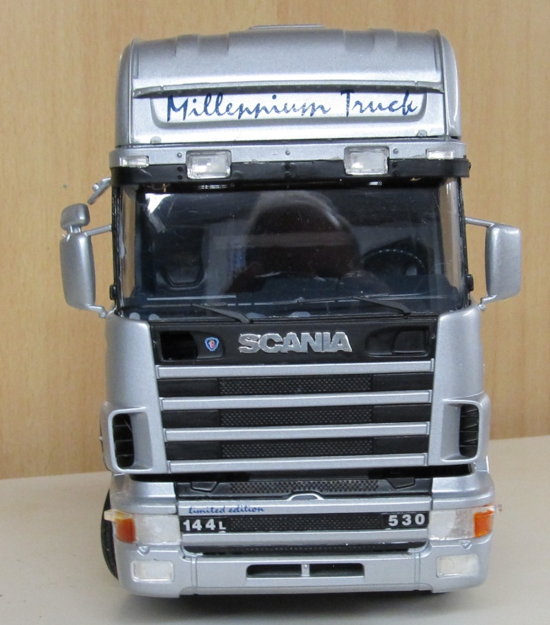 Scania-Modelle in 1 zu 24 Scania28