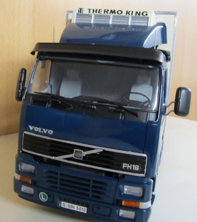 Volvo LKW in 1 zu 24 und 1 zu 25 Volvo_22
