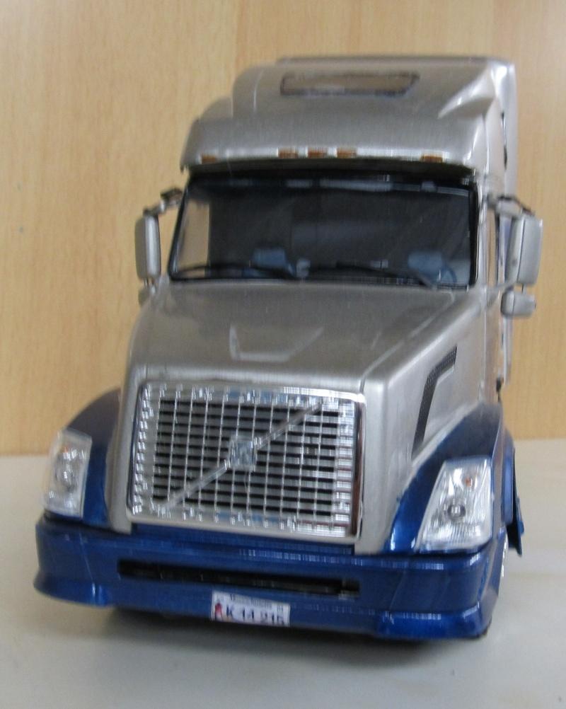Volvo LKW in 1 zu 24 und 1 zu 25 Volvo_26