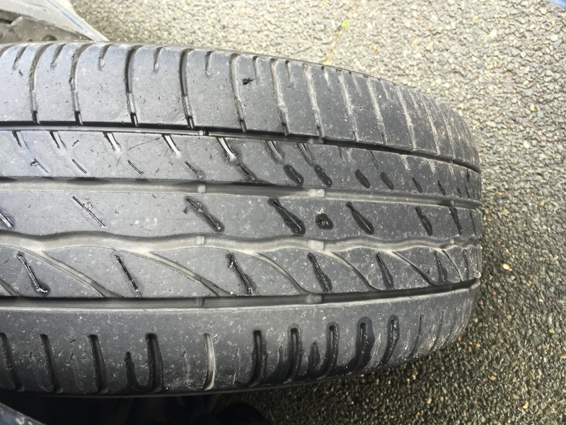 Usure des pneus  Img_1011