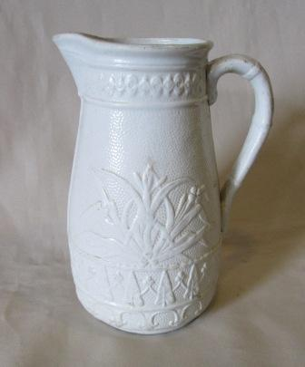 Old white Jug Old_wh10
