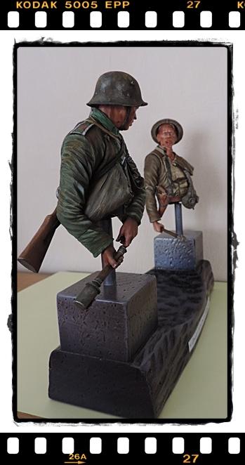Buste de nettoyeurs de tranchés Allemand, Anglais, Remerciements Dscn1236
