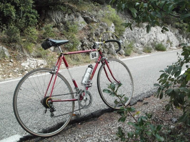 "Gloria-Lef ""Tour de France"" - Page 2 Cyclo_10"