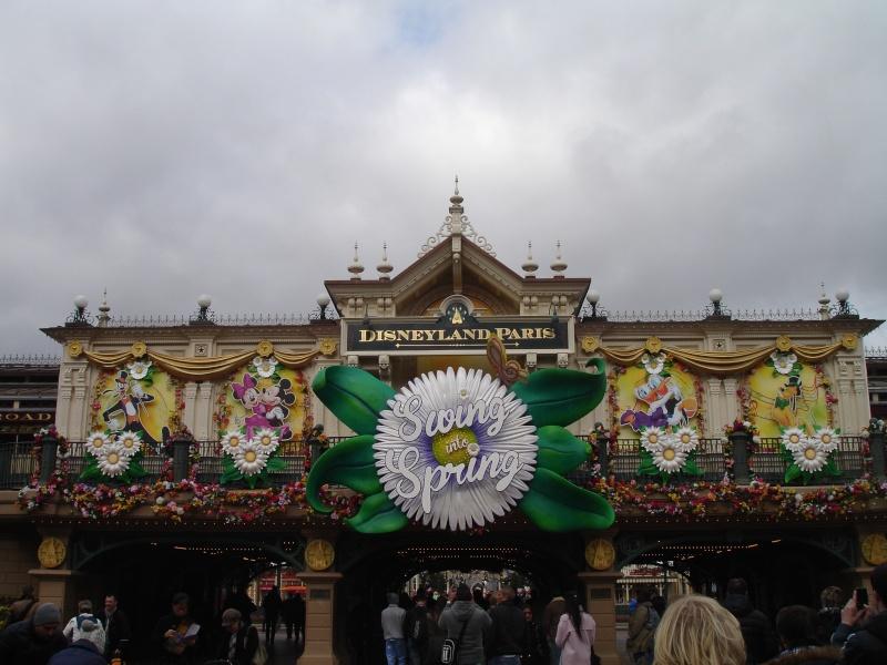 Petites vacances chez Mickey du 01/03/15 au 03/03/15 et une nuit, deux jours du 19 au 20 Octobre 2015 ( page 6 ) Dsc05410
