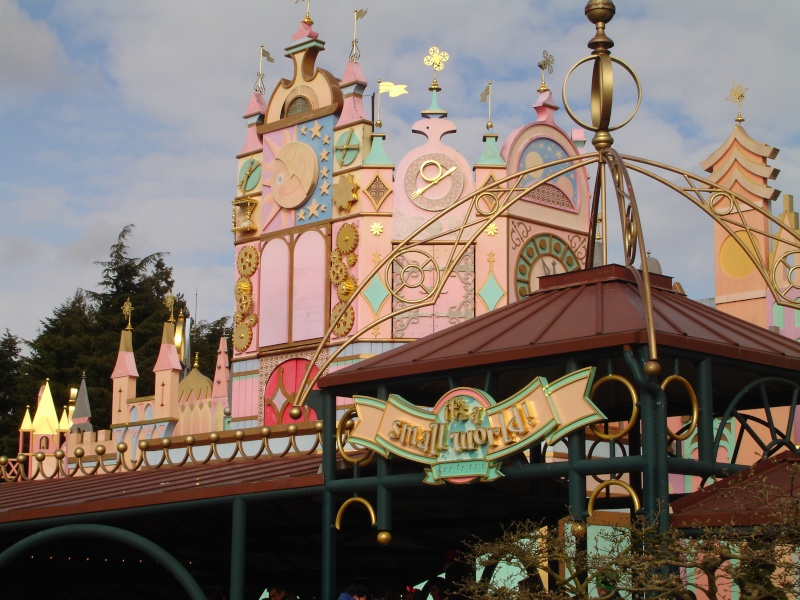Petites vacances chez Mickey du 01/03/15 au 03/03/15 et une nuit, deux jours du 19 au 20 Octobre 2015 ( page 6 ) - Page 3 Dsc05659