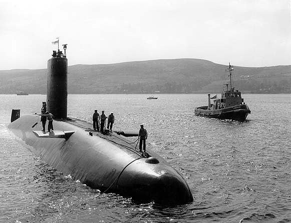 HMS Courageous - New and Exclusive Article by Richard (Sonar Ping) 2_73_010