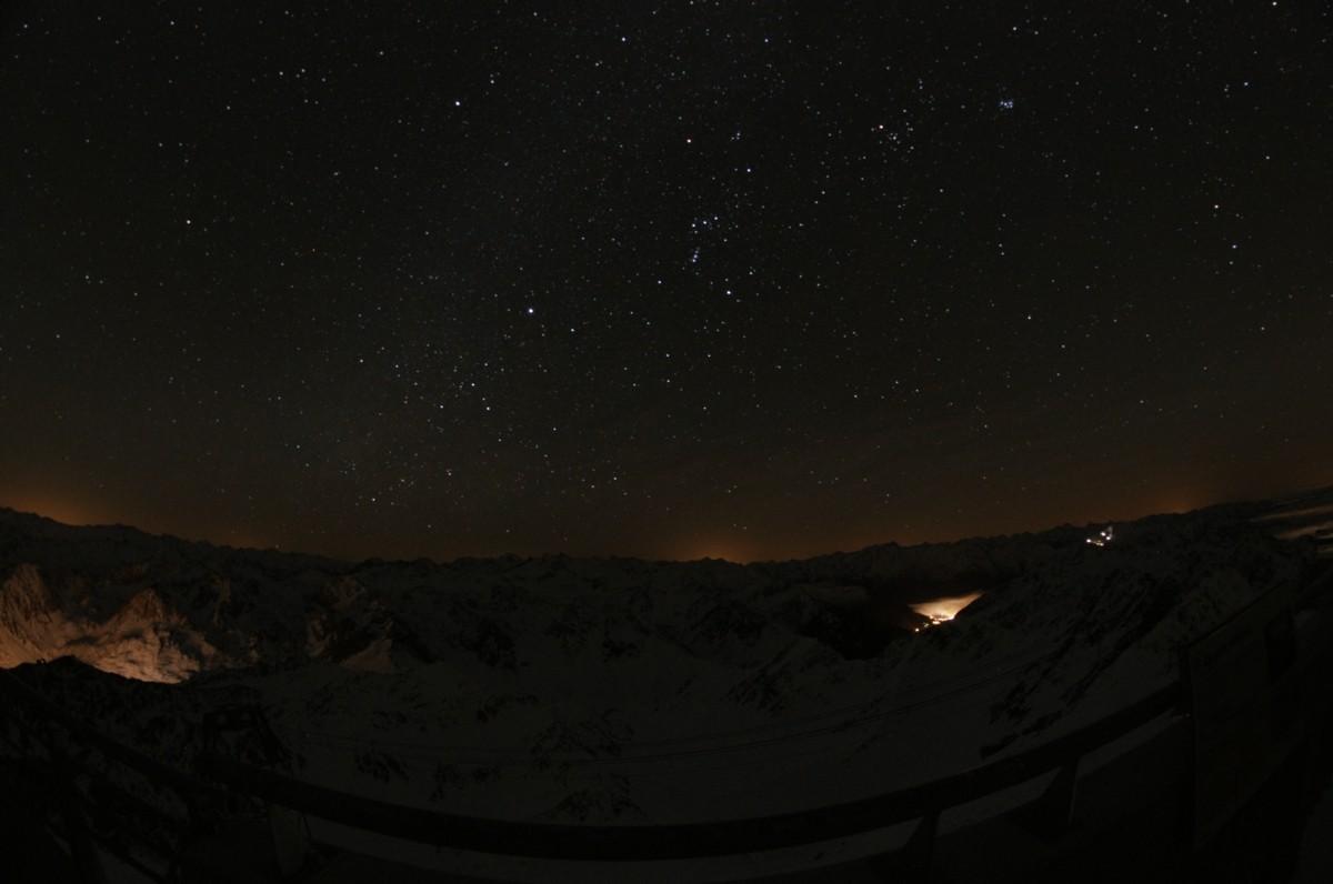 Ciel noir et pollution lumineuse au Pic du Midi Jacque10