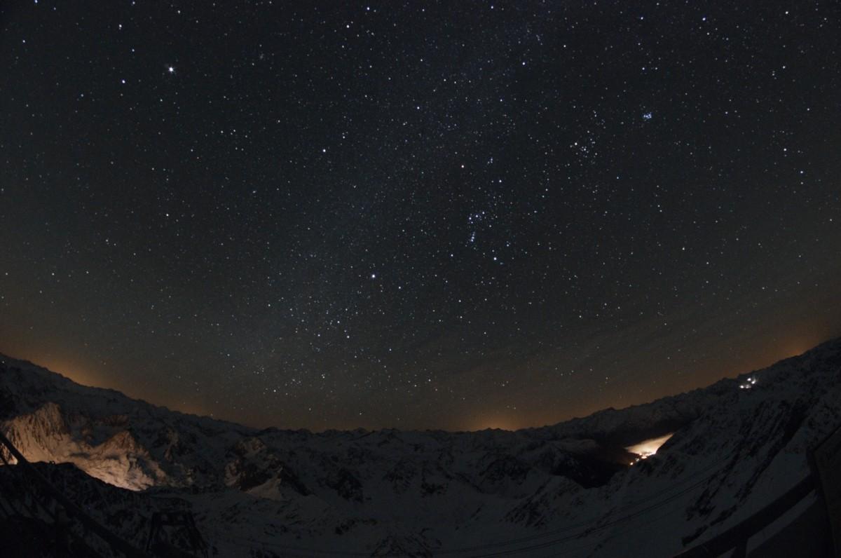 Ciel noir et pollution lumineuse au Pic du Midi Jacque11