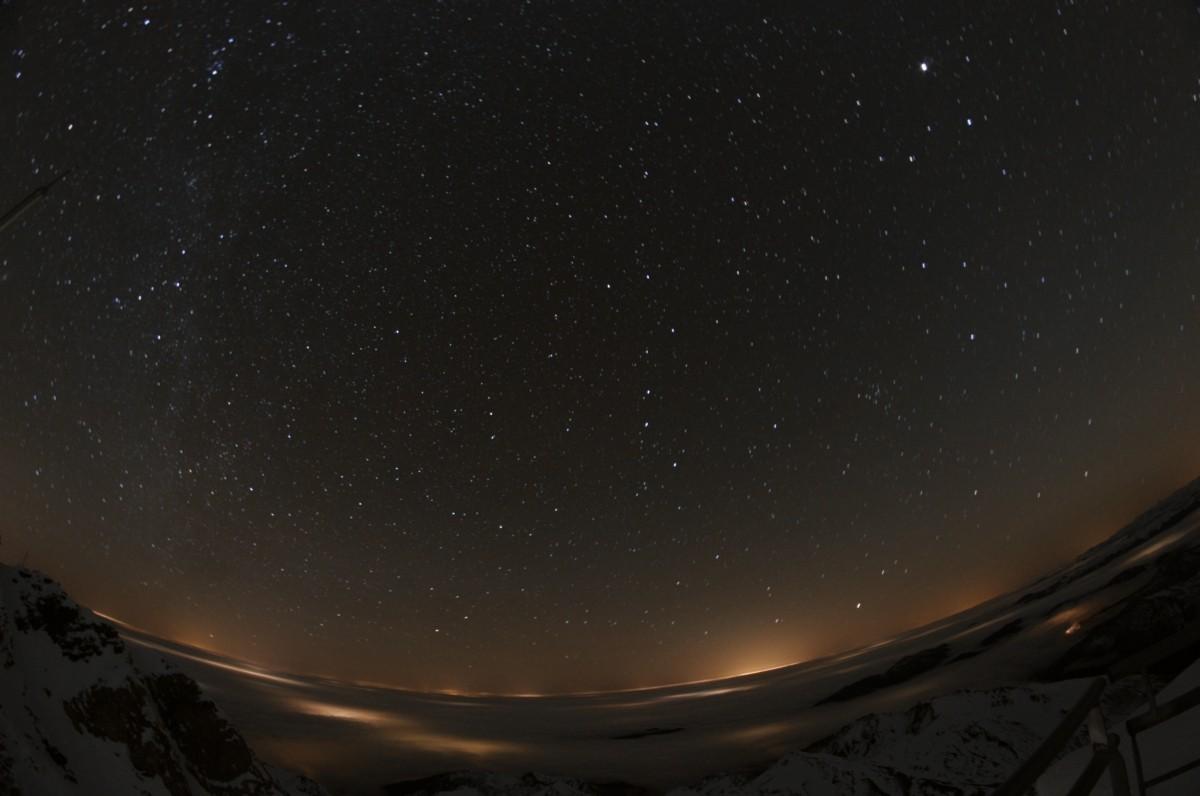 Ciel noir et pollution lumineuse au Pic du Midi Jacque12