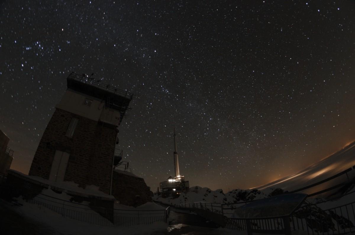 Ciel noir et pollution lumineuse au Pic du Midi Jacque14