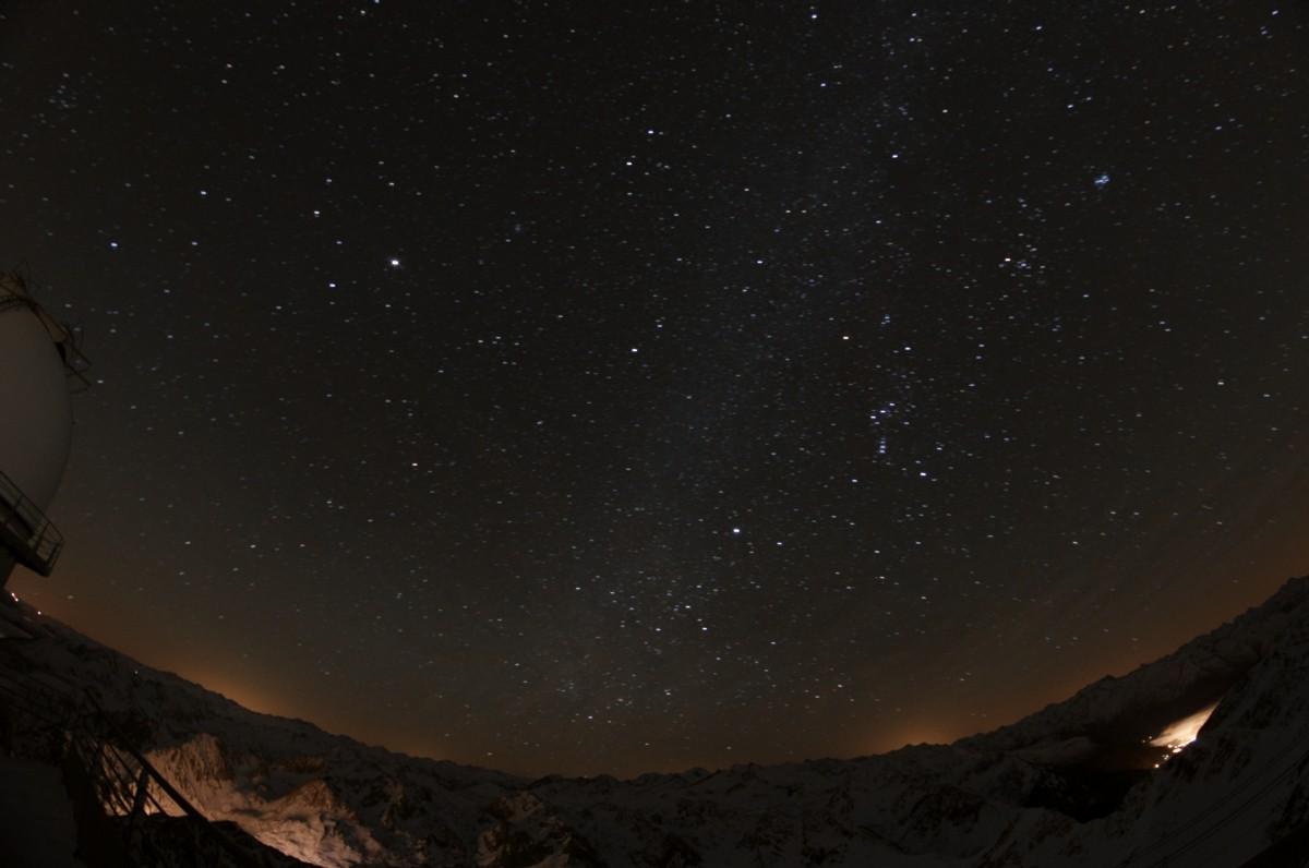Ciel noir et pollution lumineuse au Pic du Midi Jacque16