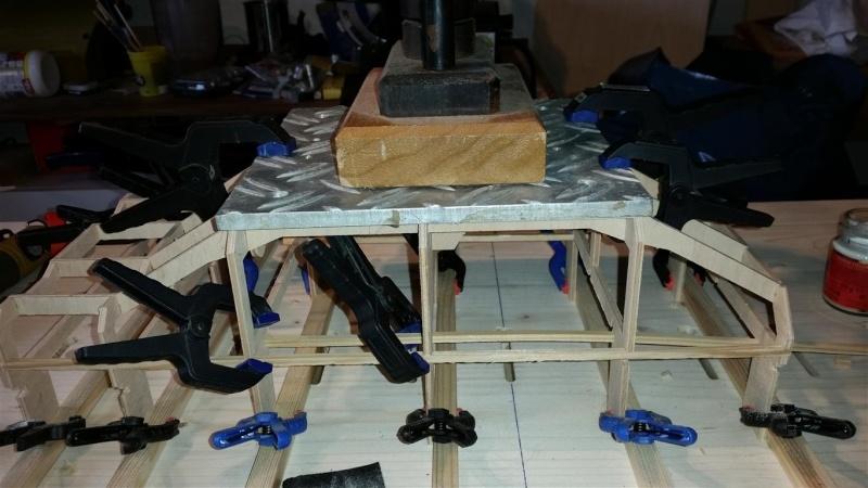 Bau eines Schubschiffes in RC 20150114