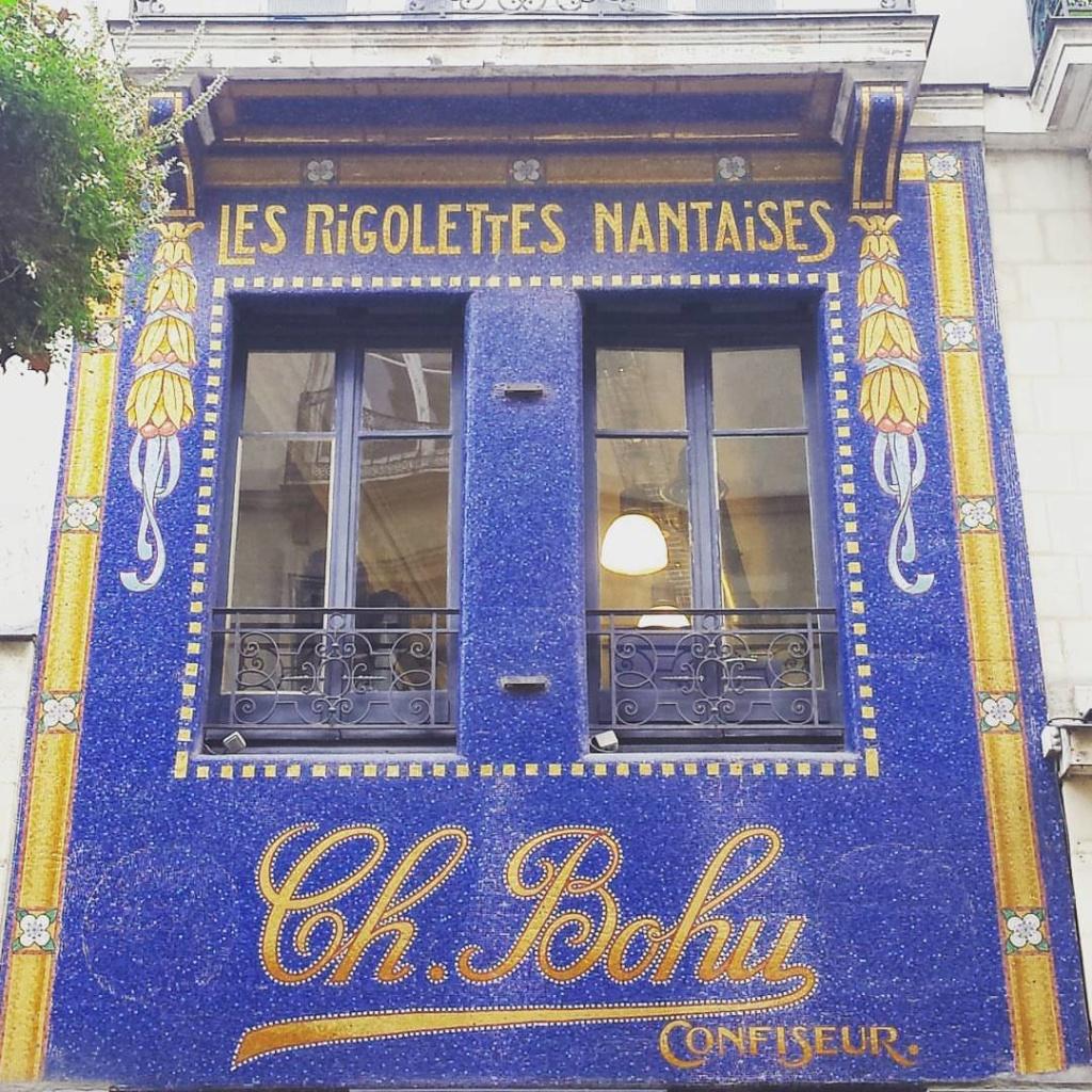 STREET VIEW : les façades de magasins (France) - Page 16 14374110