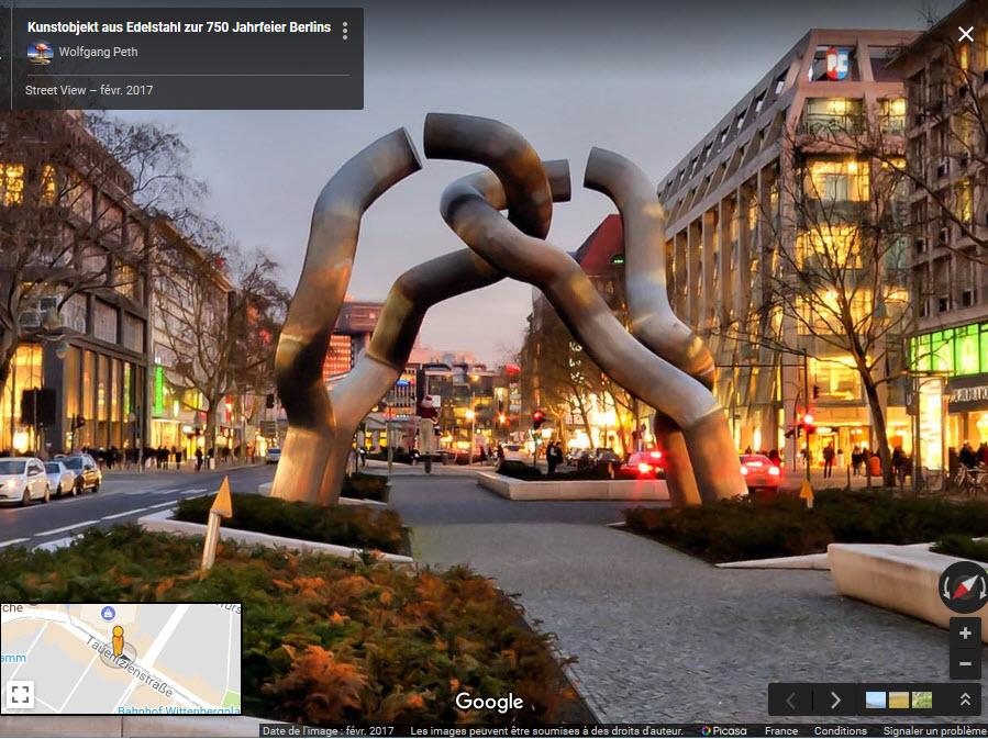 """""""BERLIN"""", sculpture à Berlin - Allemagne 2018-021"""