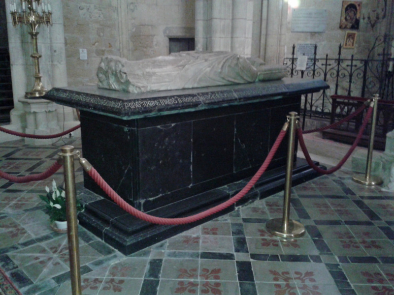Le tombeau du Pape Clément V - Uzeste - Gironde - France 20180811