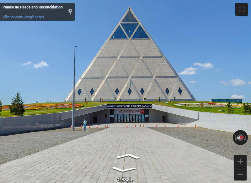 Le palais de la Paix et de la réconciliation -  Noursoultan -  Kazakhstan 2019-077