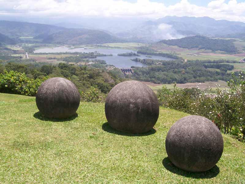Les sphères mégalithiques du Costa Rica. 6-deco10