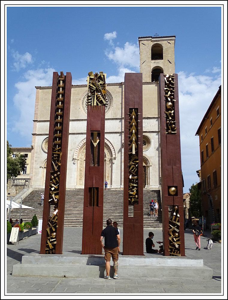 Arnaldo Pomodoro, profession: sculpteur. - Page 2 Dsc08510