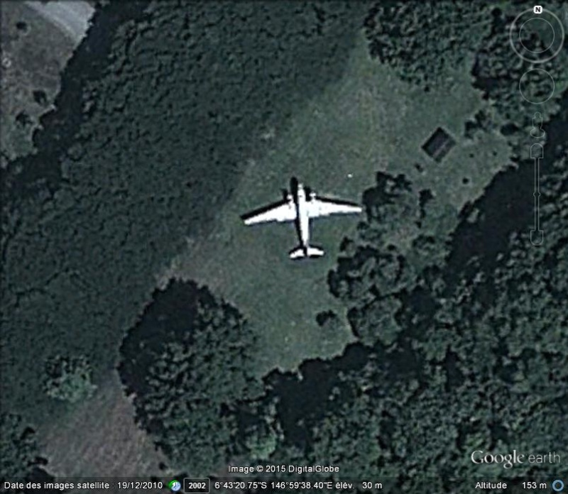Un avion dans la ville - Page 15 Ge_dc310