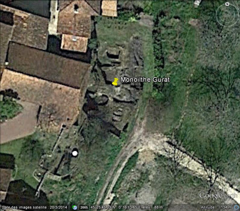 Les églises monolithes et troglodytiques    - Page 2 Ge_ygl10