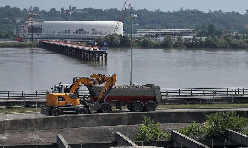 ( Bientot visible sur Google Earth ) Pont Simone Veil Bordeaux France Image_10