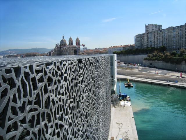 [Désormais visible sur Google-Earth] Le MuCEM - Marseille - France Img_3412
