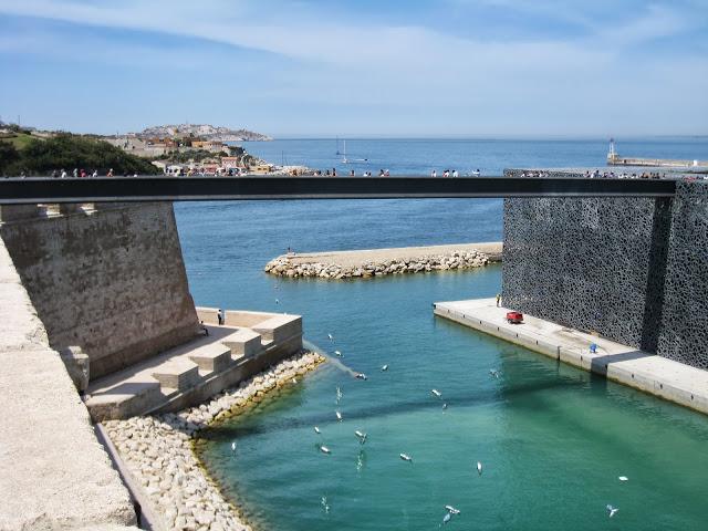 [Désormais visible sur Google-Earth] Le MuCEM - Marseille - France Img_3511