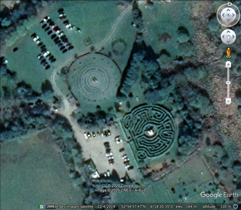 Les labyrinthes découverts dans Google Earth - Page 23 Maze10