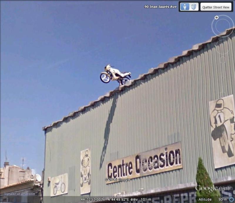 STREET VIEW : les façades de magasins (France) - Page 10 Moto11