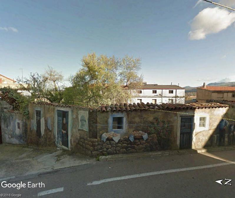 STREET VIEW : Peintures murales de l'île de Sardaigne - Italie. Sar_610