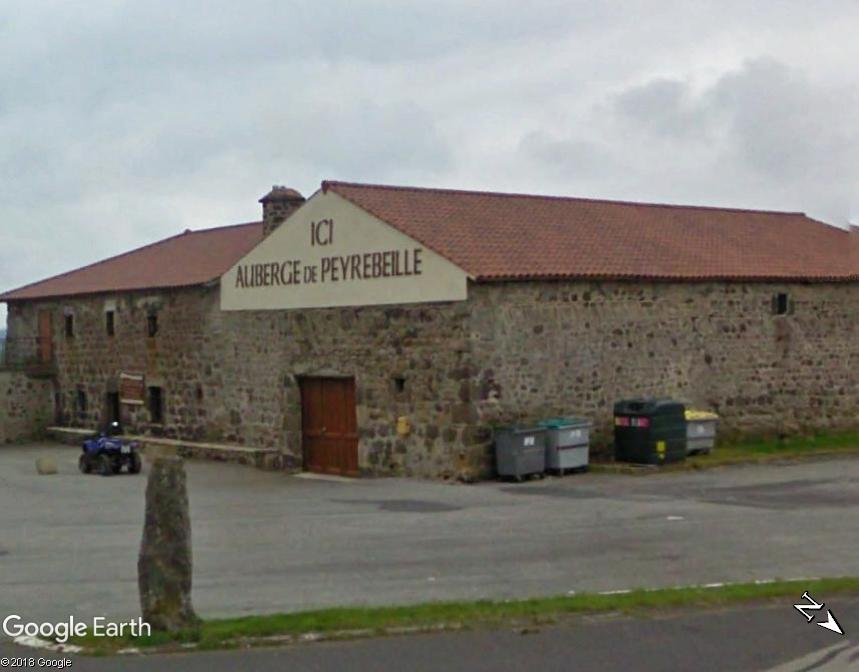 L'auberge rouge de Peyrebeille, Lanarce, Ardèche - France Www38