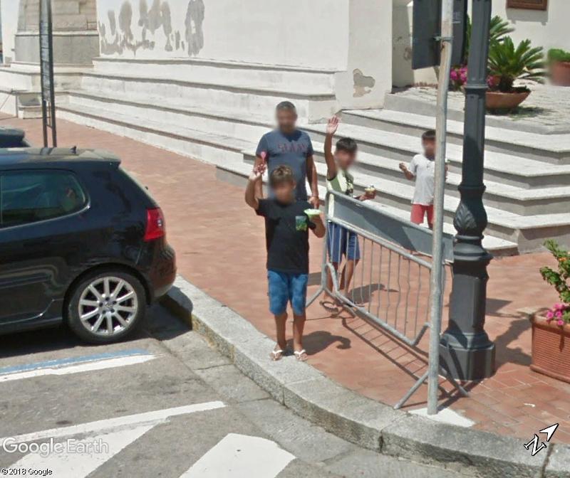 STREET VIEW : un coucou à la Google car  - Page 46 Www56