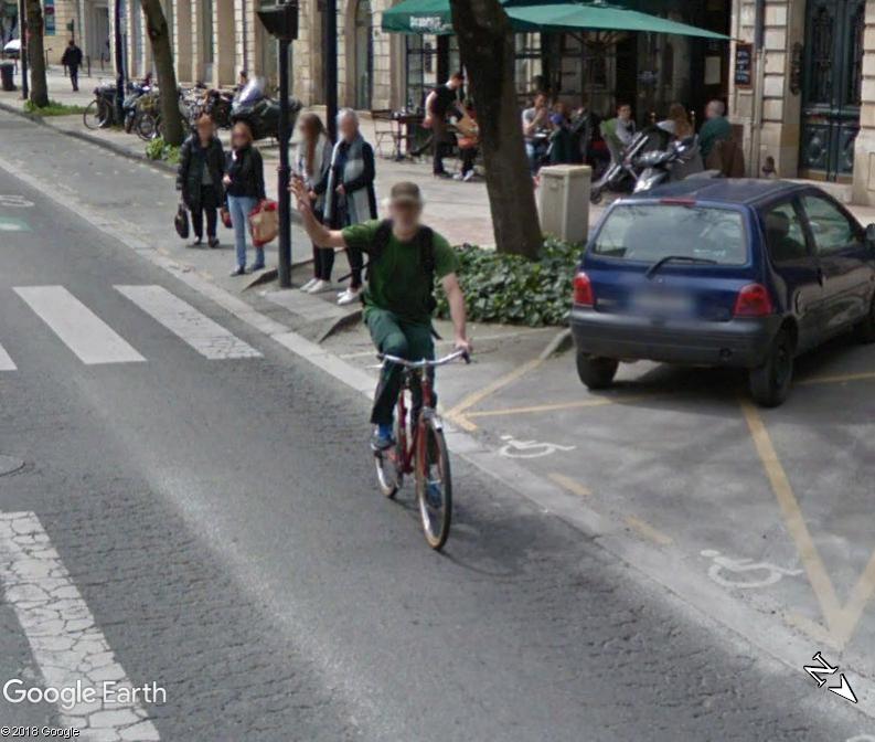 STREET VIEW : un coucou à la Google car  - Page 47 Xxx13