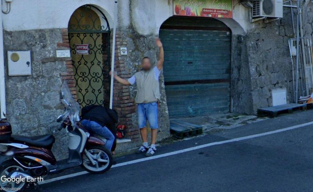 STREET VIEW : un coucou à la Google car  - Page 58 Z1324