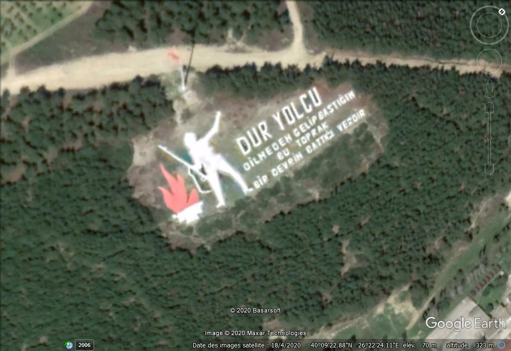 The Dur Yolcu Memorial - Kilitbahir - Turquie Z16