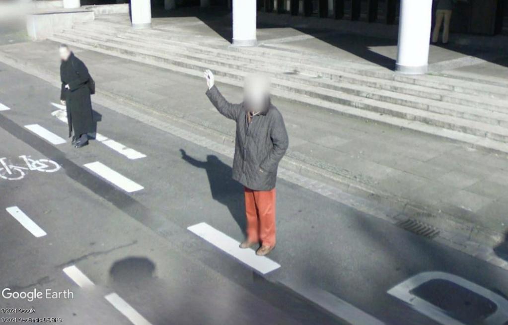STREET VIEW : un coucou à la Google car  - Page 56 Z2111