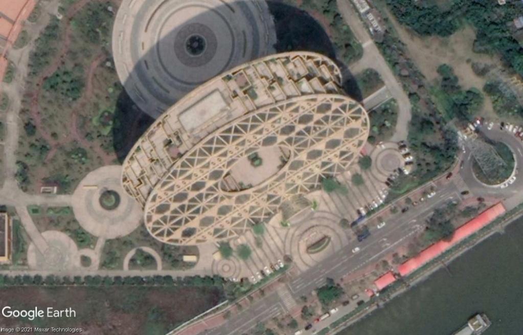 Guangzhou Circle - Canton - Chine Z234