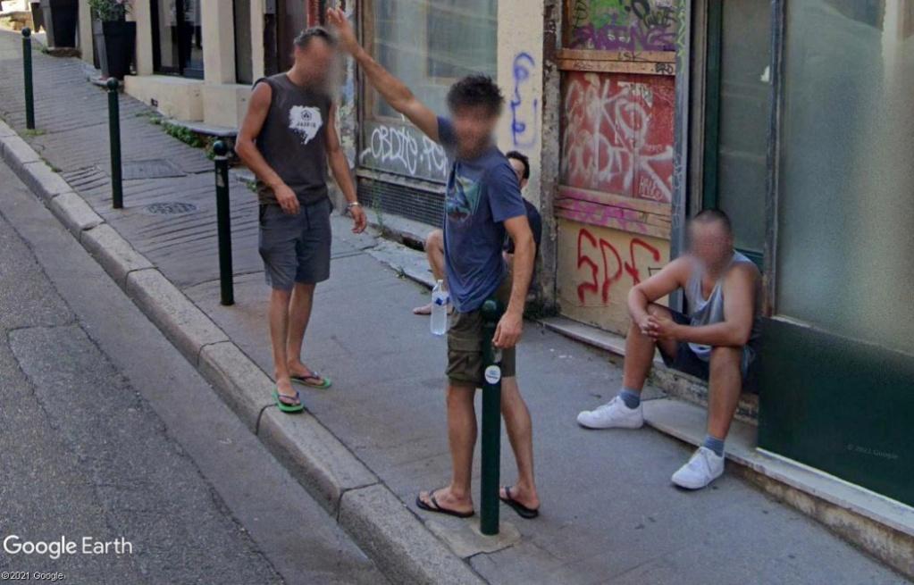 STREET VIEW : un coucou à la Google car  - Page 59 Z3413