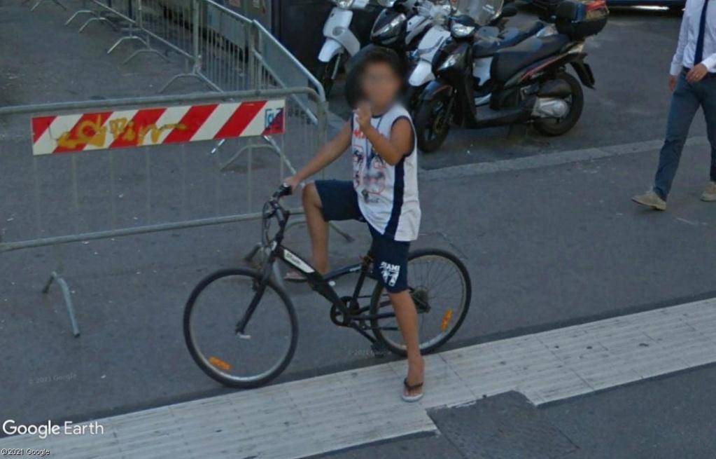 STREET VIEW : un coucou à la Google car  - Page 59 Z342