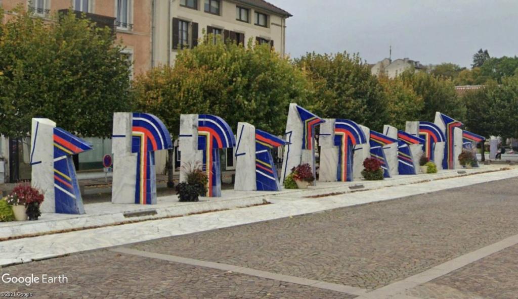 Les fontaines bleues de Contrexéville Z4710