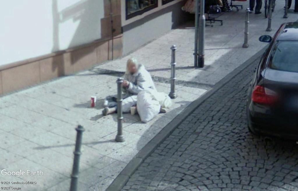 Une pauvre femme à Francfort - Allemagne Z531