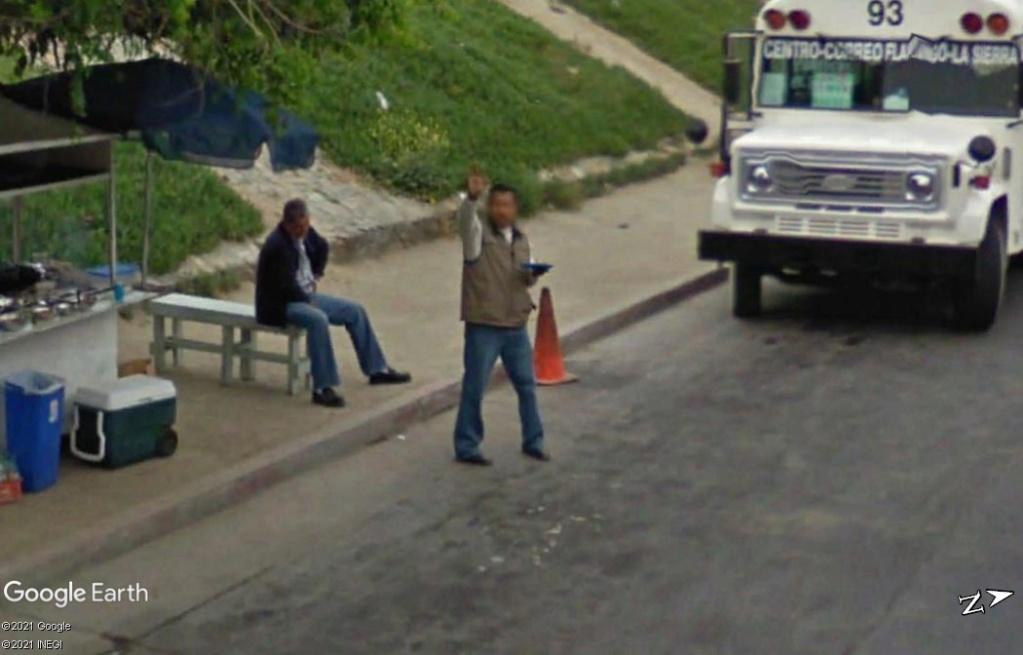 STREET VIEW : un coucou à la Google car  - Page 56 Z822