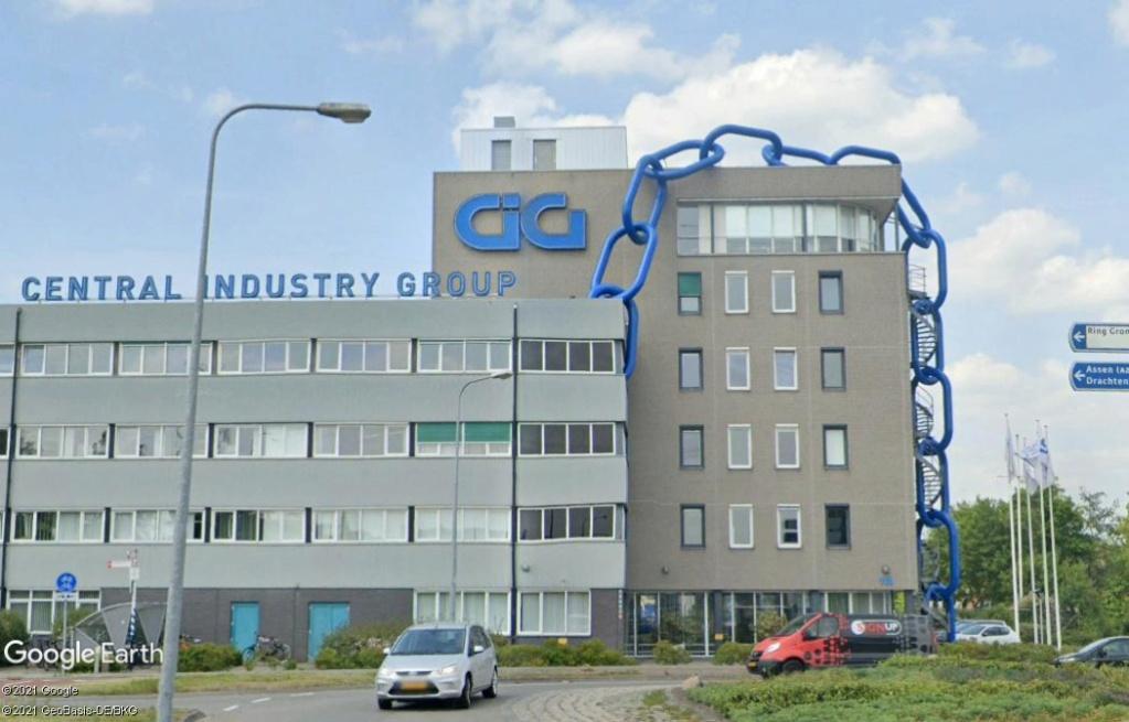 Un bâtiment enchainé - Groningen - Hollande Z826