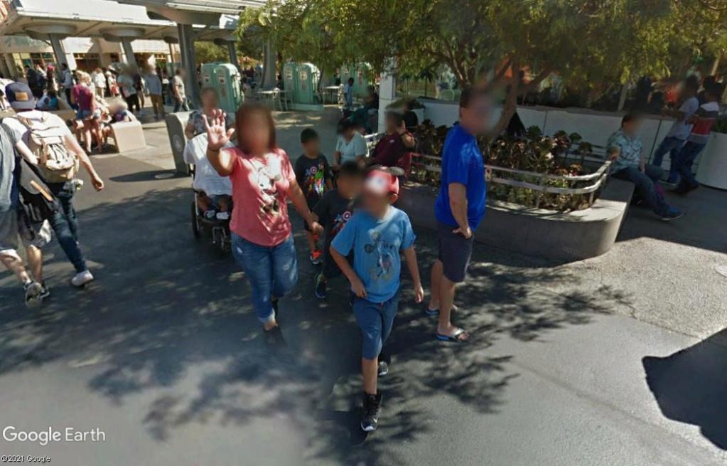 STREET VIEW : un coucou à la Google car  - Page 57 Z922
