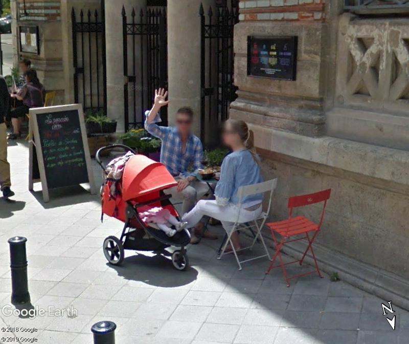 STREET VIEW : un coucou à la Google car  - Page 47 Zzz110