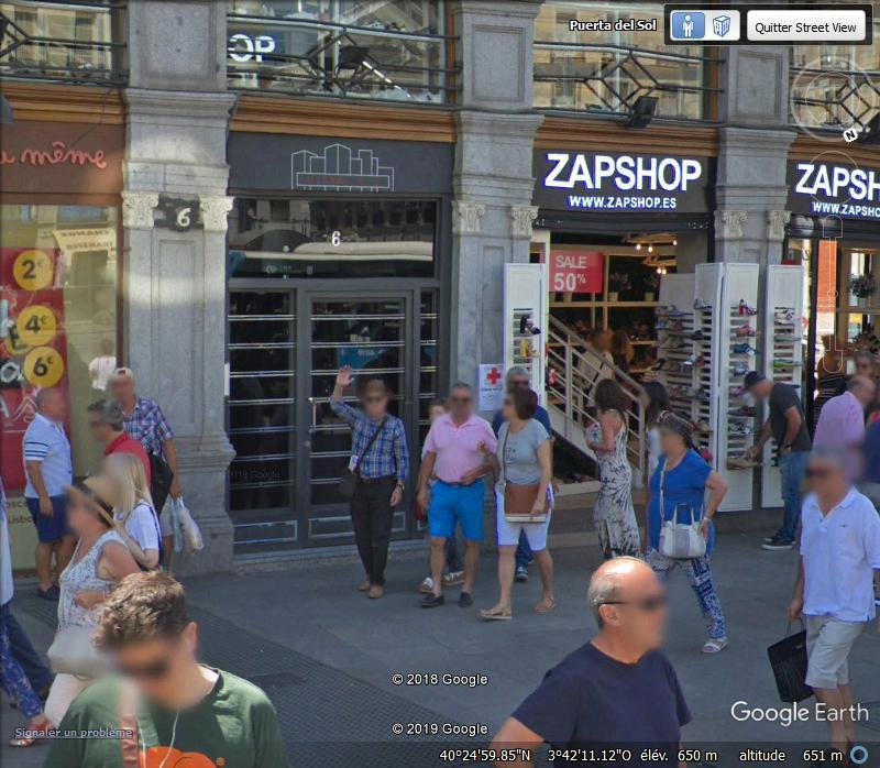 STREET VIEW : un coucou à la Google car  - Page 51 Zzz1106